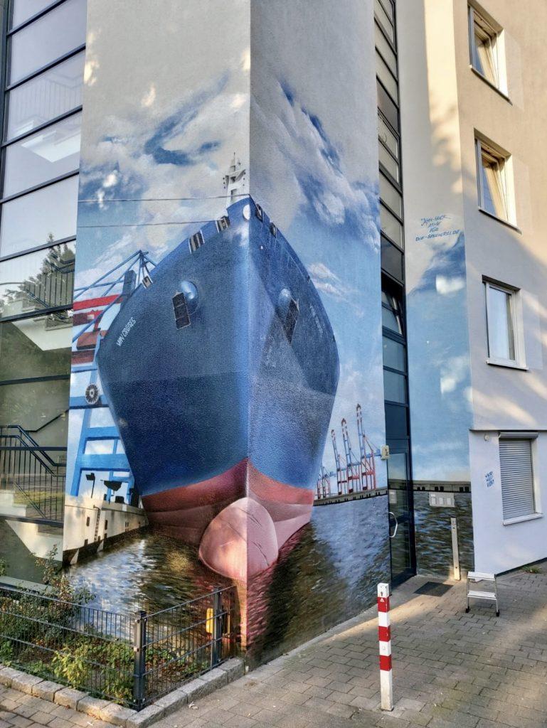 Schiff in Wilhelmsburg